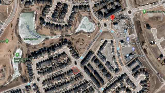 20 & 22 Sunridge Boulevard in Sunridge Lethbridge MLS® #A1025819
