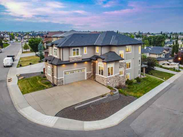 58 ELMONT ESTATES Manor SW T3H 4Y8 Calgary