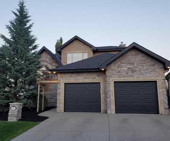 247 Valley Crest Rise NW T3B 5Y4 Calgary