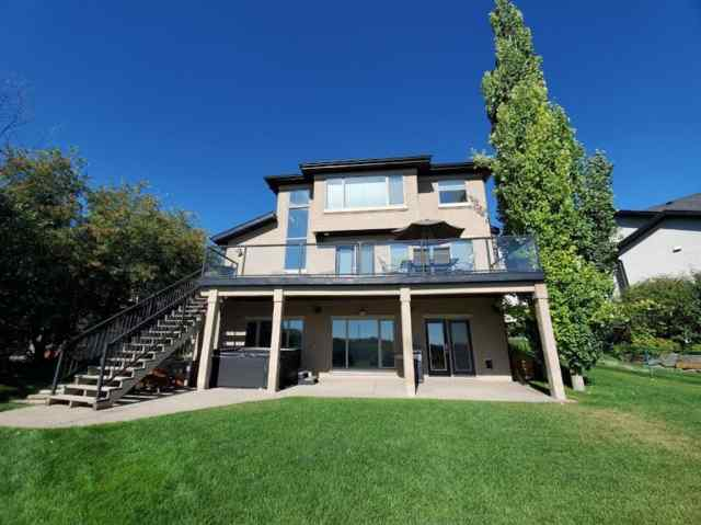 MLS® #A1028487 247 Valley Crest Rise NW T3B 5Y4 Calgary