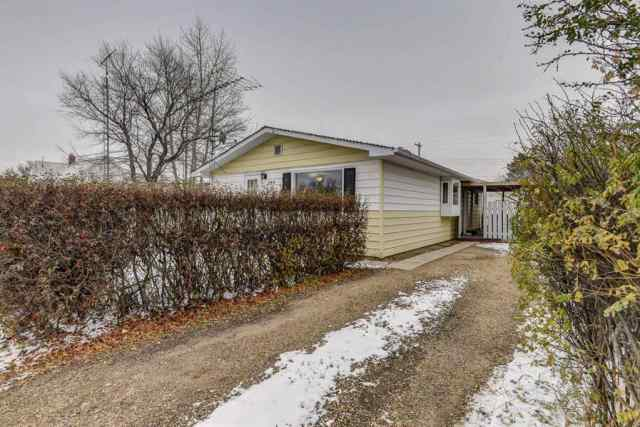 209 4 Avenue W in NONE Delia MLS® #A1029366