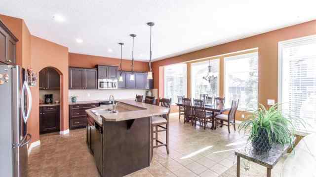 MLS® #A1029391 10 RANCHERS Place T1S 0G5 Okotoks