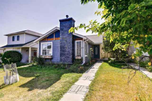 Millrise real estate 27 Millbank  Road SW in Millrise Calgary