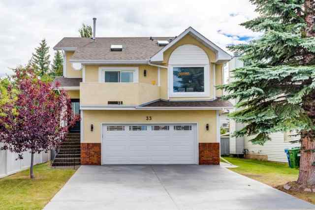 Sandstone Valley real estate 33 SANDRINGHAM Road NW in Sandstone Valley Calgary