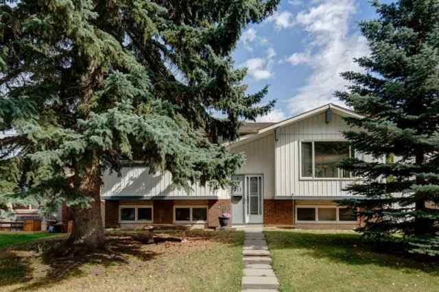 Queensland real estate 211 QUEEN CHARLOTTE Place SE in Queensland Calgary