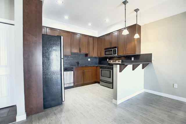 312, 1005B  Westmount Drive T1P 0C3 Strathmore