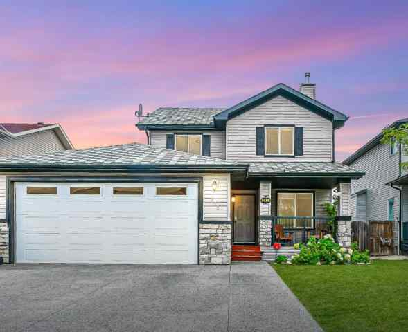 West Creek real estate 245 West Creek Boulevard in West Creek Chestermere