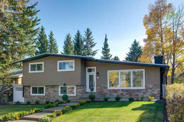 Chinook Park real estate 79 CHEROVAN Drive SW in Chinook Park Calgary