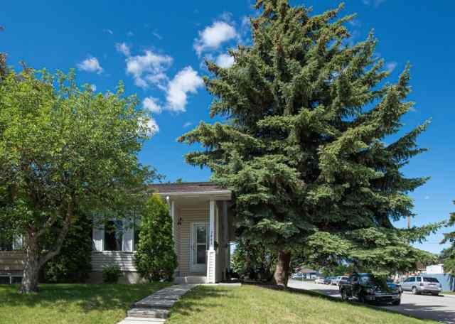 Ogden real estate 7803 21a Street SE in Ogden Calgary