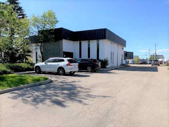 725 EAST LAKE Rise NE in East Lake Industrial Airdrie MLS® #A1032031