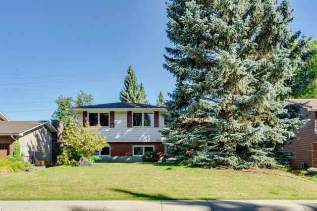 Lakeview real estate 6725 LIVINGSTONE Drive SW in Lakeview Calgary