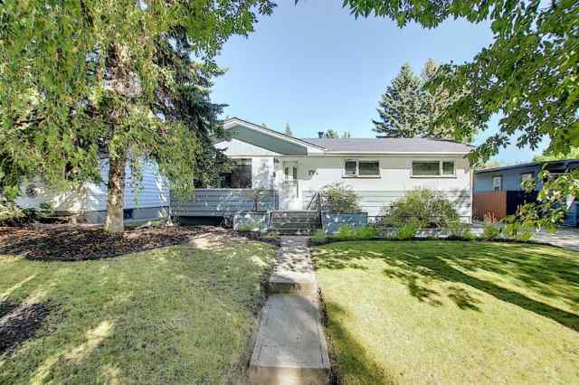 Lakeview real estate 2716 LOUGHEED Drive SW in Lakeview Calgary