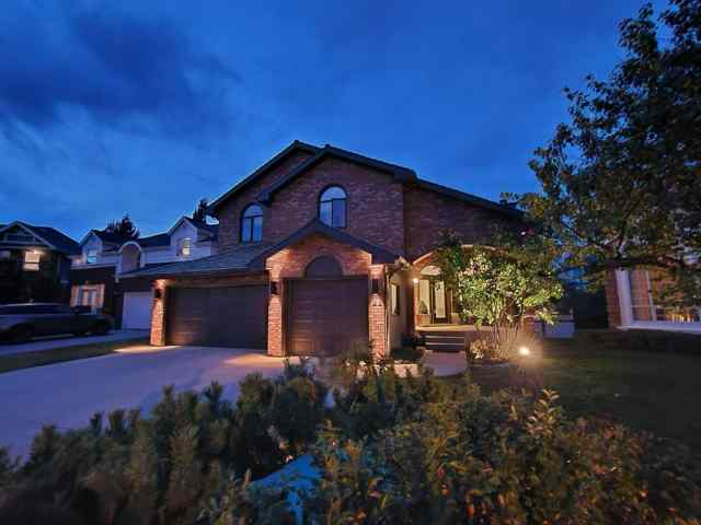 21 CHRISTIE BRIAR Green SW in Christie Park Calgary MLS® #A1032408
