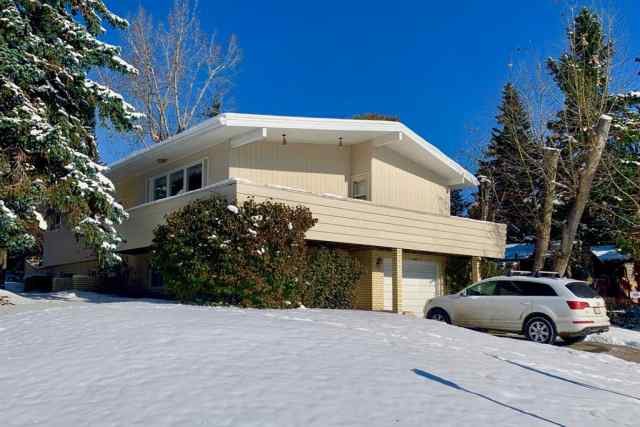 University Heights real estate 3204 UPLANDS Place NW in University Heights Calgary