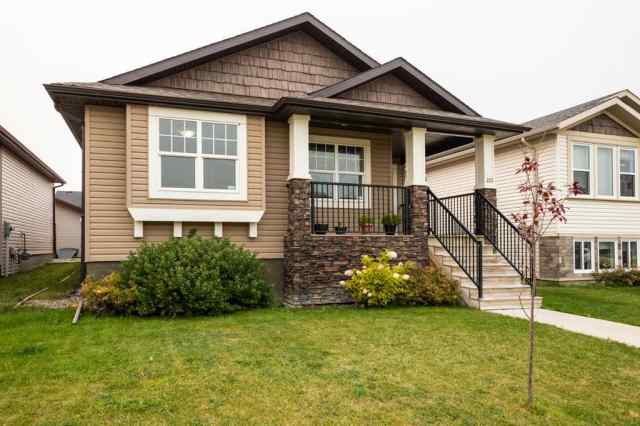 223 Mt Sundance Crescent W in Sunridge Lethbridge MLS® #A1033144