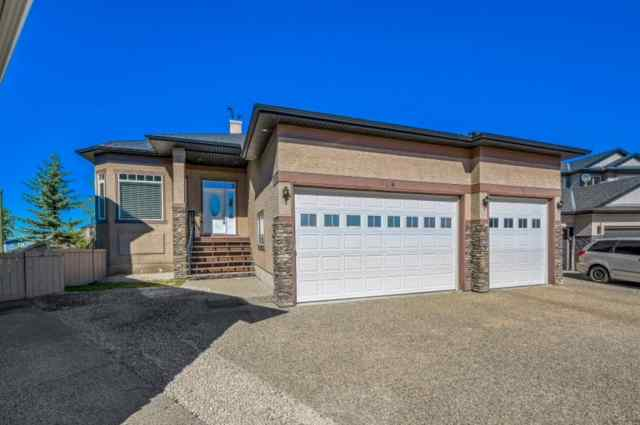 424 East Lakeview Place   T1X 1W3 Chestermere