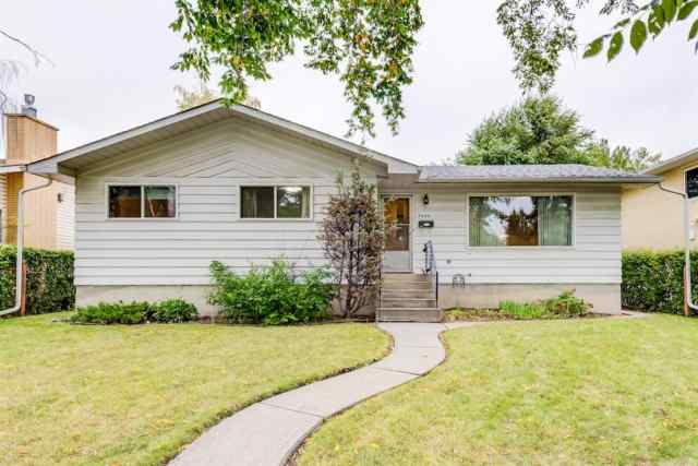 Brentwood real estate 3044 BEIL Avenue NW in Brentwood Calgary