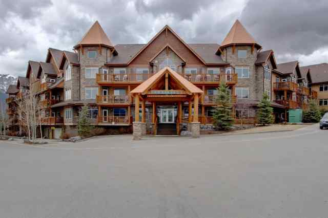 Bow Valley Trail real estate 408, 30 Lincoln Park in Bow Valley Trail Canmore