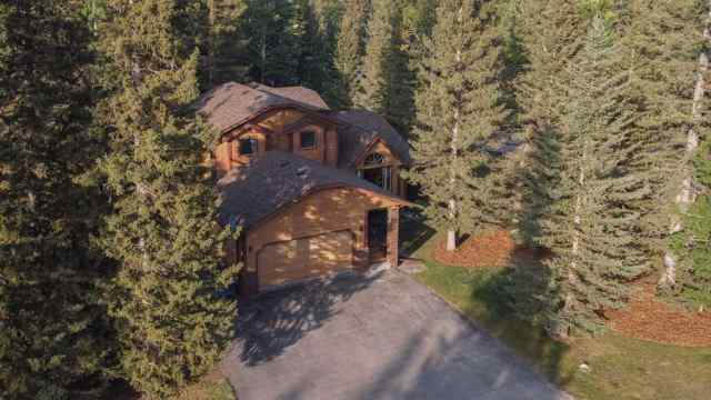1 Sleigh Drive in Redwood Bragg Creek MLS® #A1034652