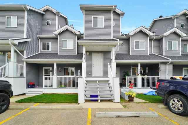 303, 5220 50a  Avenue in Downtown Sylvan Lake MLS® #A1034837
