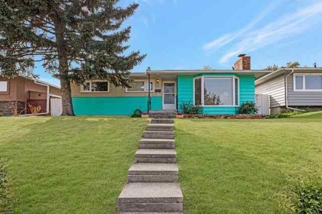Fairview real estate 17 FENTON Road SE in Fairview Calgary