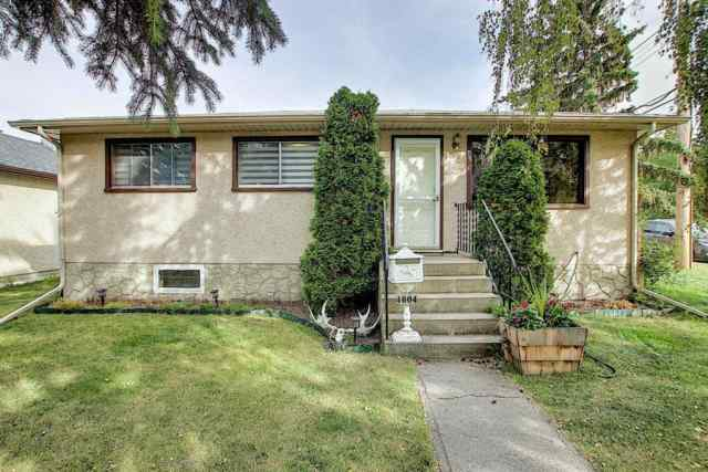 4604 84 Street NW in Bowness Calgary