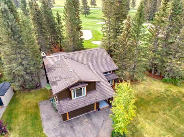 Redwood real estate 118  Redwood Meadows  Drive in Redwood Bragg Creek