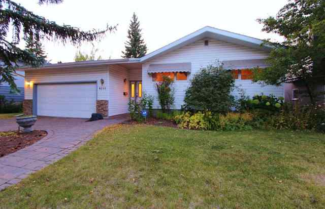 Chinook Park real estate 8231 10 Street SW in Chinook Park Calgary