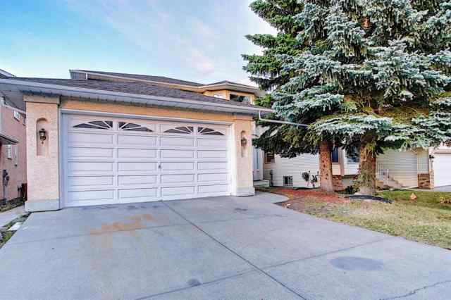 36 SANDRINGHAM Close NW in Sandstone Valley Calgary MLS® #A1037276
