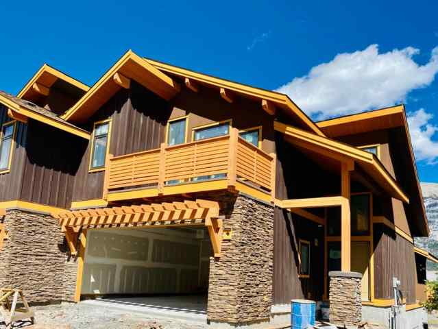 Three Sisters real estate 494 Stewart Creek  Close in Three Sisters Canmore