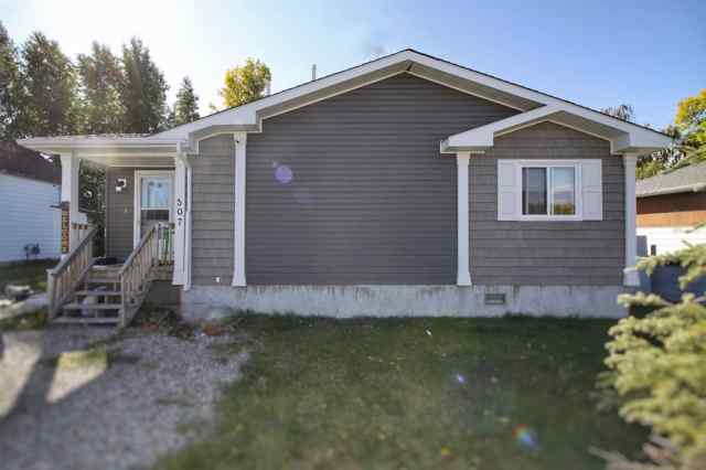 NONE real estate 307 49 Avenue E in NONE Claresholm