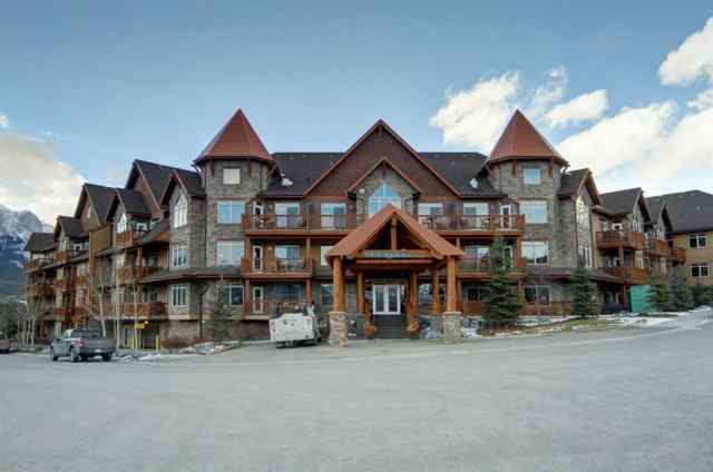 Bow Valley Trail real estate 328, 30 Lincoln Park in Bow Valley Trail Canmore