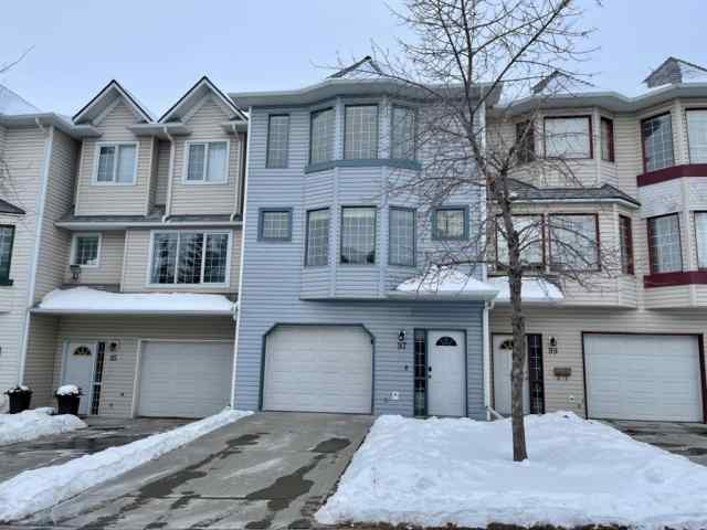 Patterson real estate 97 Patina Rise SW in Patterson Calgary
