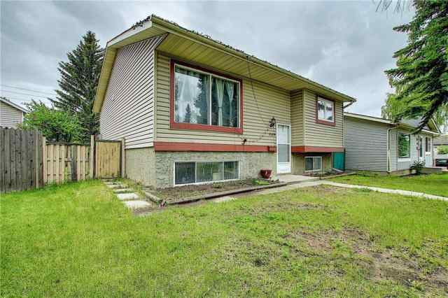 Abbeydale real estate 1339 Abbeydale Drive SE in Abbeydale Calgary