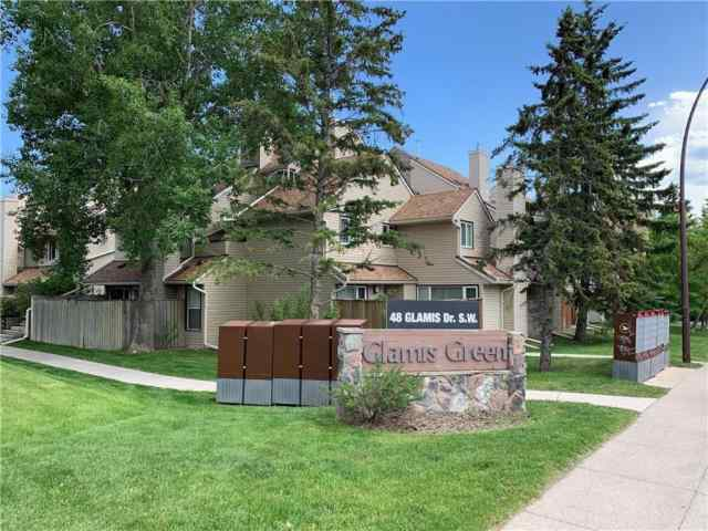 225, 33 Glamis Green SW in  Calgary MLS® #A1040744