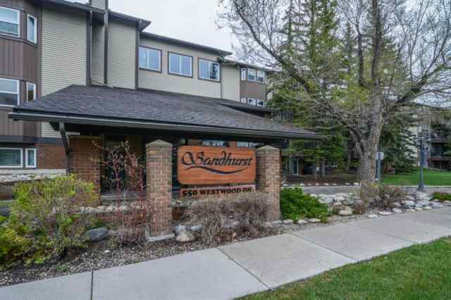 Westgate real estate 320, 550 Westwood Drive SW in Westgate Calgary
