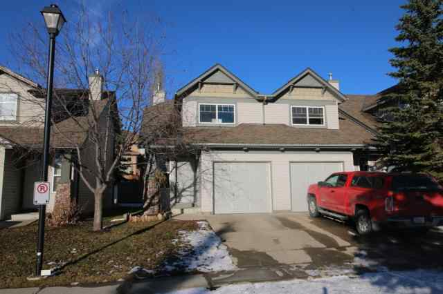Evergreen real estate 39 Everstone Place SW in Evergreen Calgary