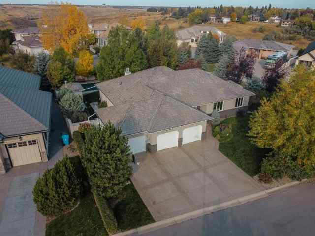 39 Chinook Heights S in Park Royal/Chinook Height Lethbridge MLS® #A1041470