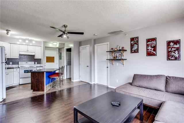MLS® #A1041594 413, 2000 Applevillage Court SE T2A 7Z4 Calgary