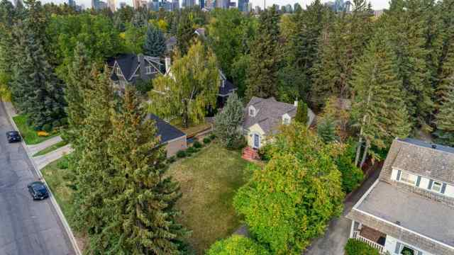 3014 10 Street SW in Upper Mount Royal Calgary
