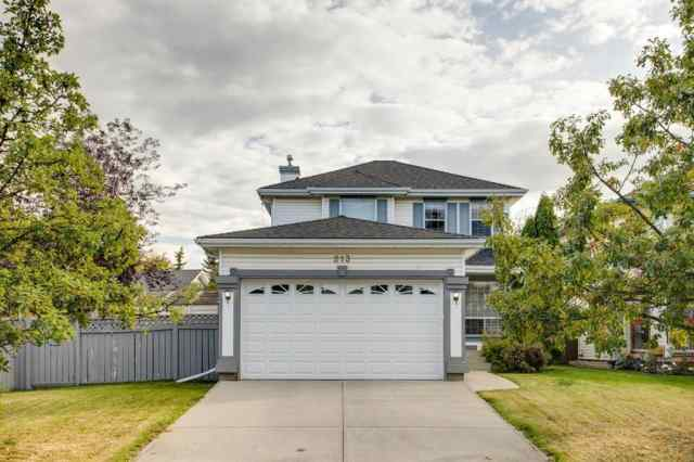 213 Douglas Glen Close SE in Douglasdale/Glen Calgary MLS® #A1042597