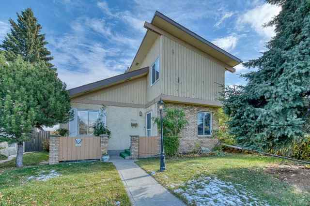 Whitehorn real estate 4312 49 Street NE in Whitehorn Calgary