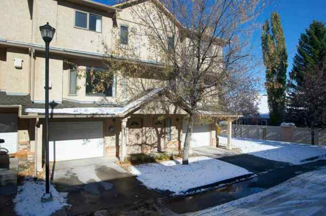 246 Christie Park Mews SW in  Calgary MLS® #A1043358