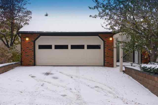 30, 448 Strathcona Drive SW in  Calgary MLS® #A1043744