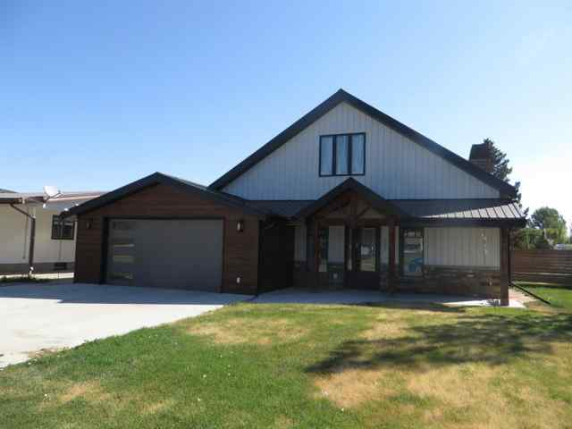 155S 200 Street S in NONE Raymond MLS® #A1043907