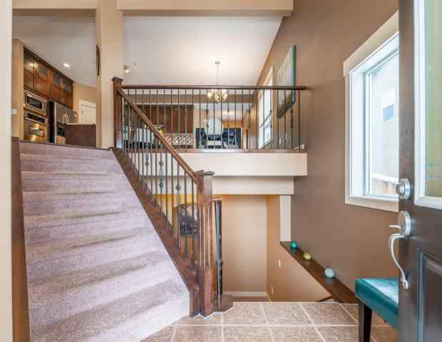 MLS® #A1044546 53 ASPENSHIRE Close SW T3H 0R2 Calgary