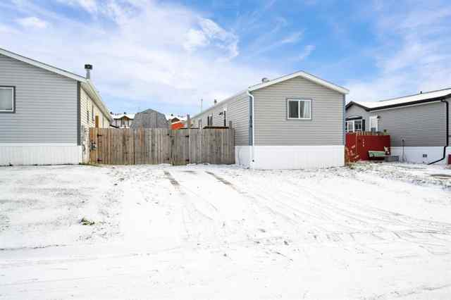 Prairie Creek real estate 104 Belgian   Green in Prairie Creek Fort McMurray