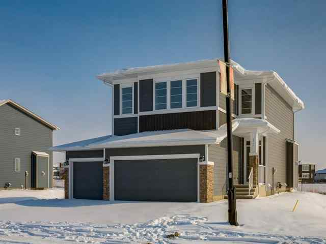 Air Ranch real estate 12 Ranchers Meadows in Air Ranch Okotoks