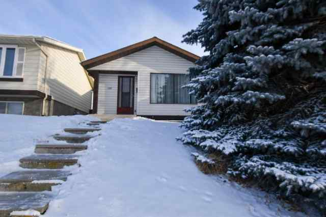 136 Edgedale Way NW in  Calgary MLS® #A1044824