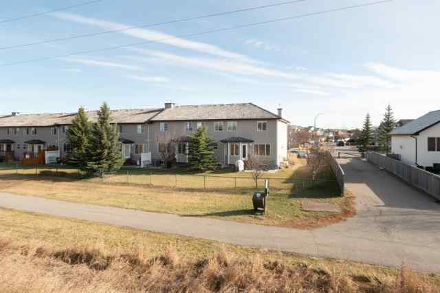MLS® #A1044947 8, 84 Bow Ridge Crescent T4C 1V1 Cochrane
